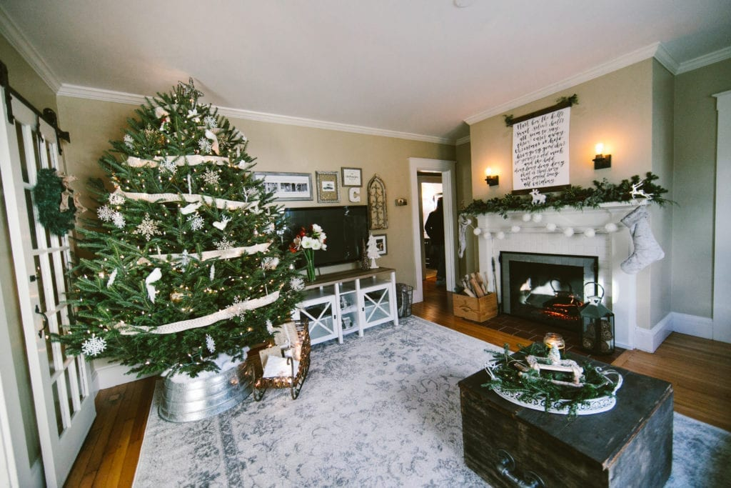rustic living room fixer upper johanna gaines style