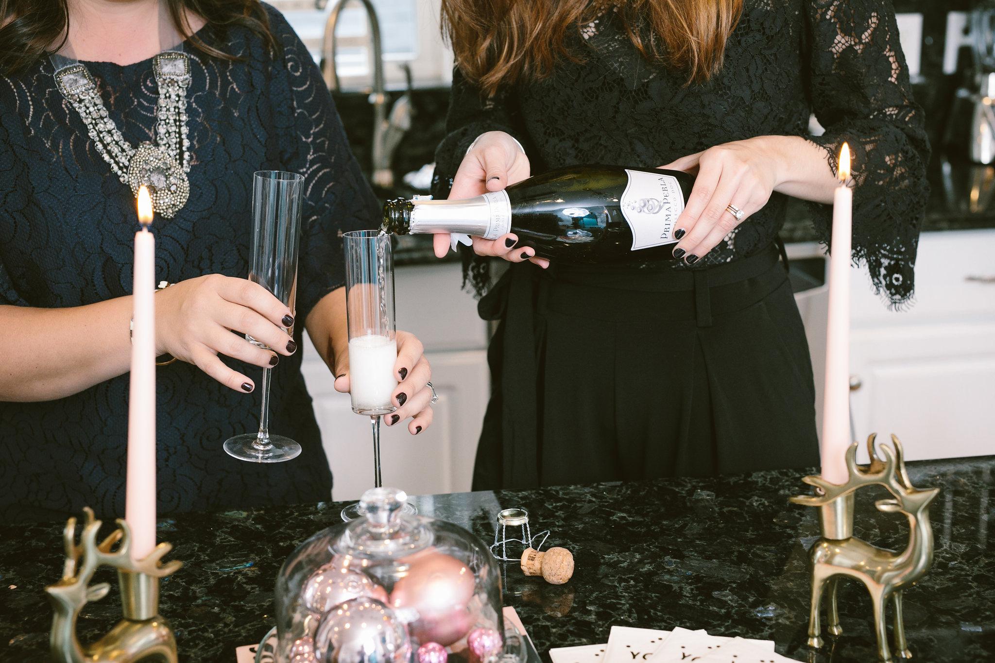 prima perla prosecco popping bottles